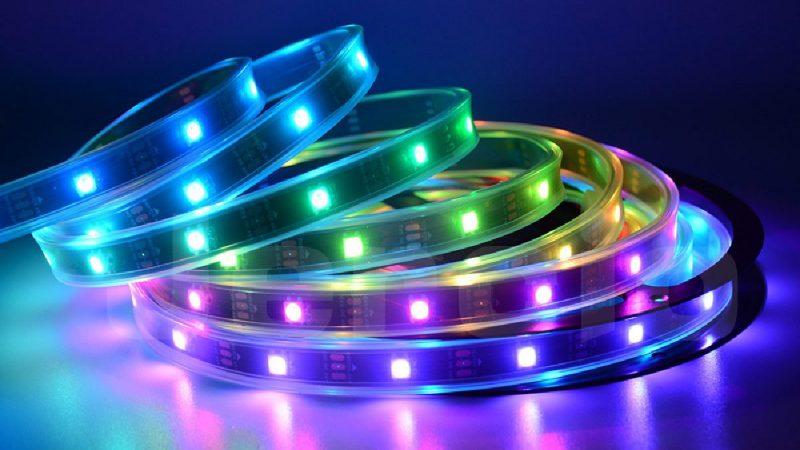 WS2812 – Der einfachste Weg, viele LEDs mit Arduino steuern
